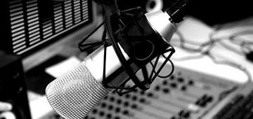 radio-blackwhite